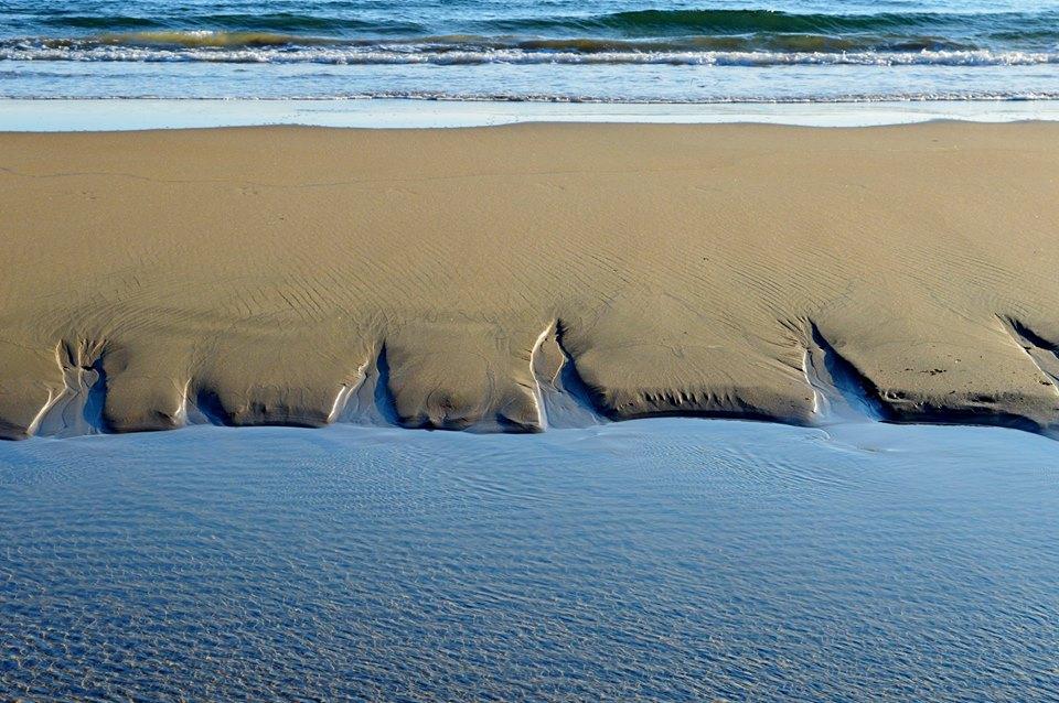 Matrimonio Sulla Spiaggia Gaeta : Foto gaeta giochi d acqua sulla spiaggia di serapo