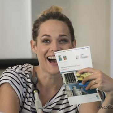 """*VIDEO ESCLUSIVO* Intervista a Laura Chiatti durante la presentazione del Film """"Il Professor Cenerentolo"""""""