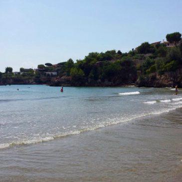 Gaeta: torna il sole con la sabbia bagnata sotto i piedi