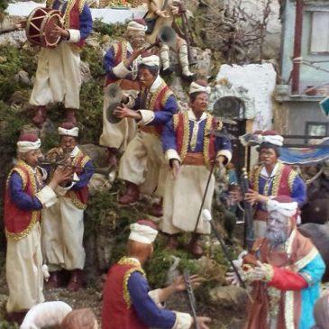 *Esclusiva* Le foto del presepe napoletano allestito nella Chiesa di San Giovanni a Mare