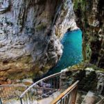 montagna spaccata gaeta grotta del turco.jpg