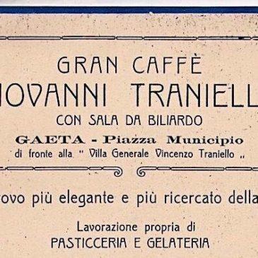 Apre Gran Caffè Giovanni Traniello, in Piazza Municipio. Era il 1930