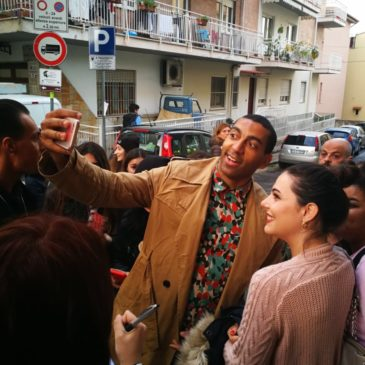 Michele Bravi, Mudimbi e Nigiotti tra la folla del Festival dei Giovani: Le Foto
