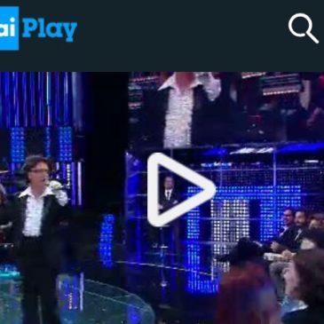 Un Gaetano si sì esibisce alla Corrida su Rai 1: è Luigi De Crescenzo
