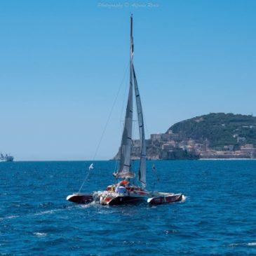 Circumnaviga l'Italia con difficoltà motorie: grande accoglienza della Lega Navale a Gaeta
