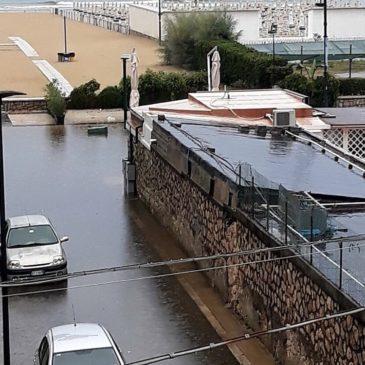 Maltempo: Lungomare di Serapo e pista ciclabile  allagata