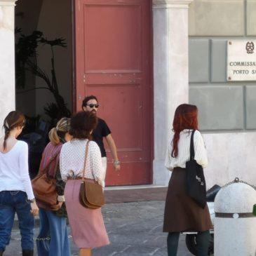Film a Gaeta: Ecco l'arrivo di Ambra Angiolini in scena a Via Annunziata