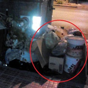 Gaeta: Immondizia e rifiuti speciali per strada a Lungomare Caboto