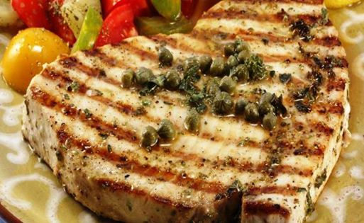 #Ricette Prodotti tipici di Gaeta: Pesce Spada con Olive di Gaeta e Capperi