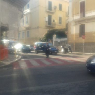 Traffico Gaeta: Finalmente piazzato un agente all'incrocio Via Piave/Corso Cavour