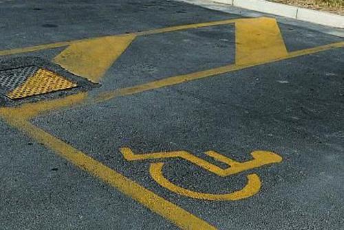 Comune di Formia: Sosta invalidi, 25% di stalli in più ma è stretta sui permessi