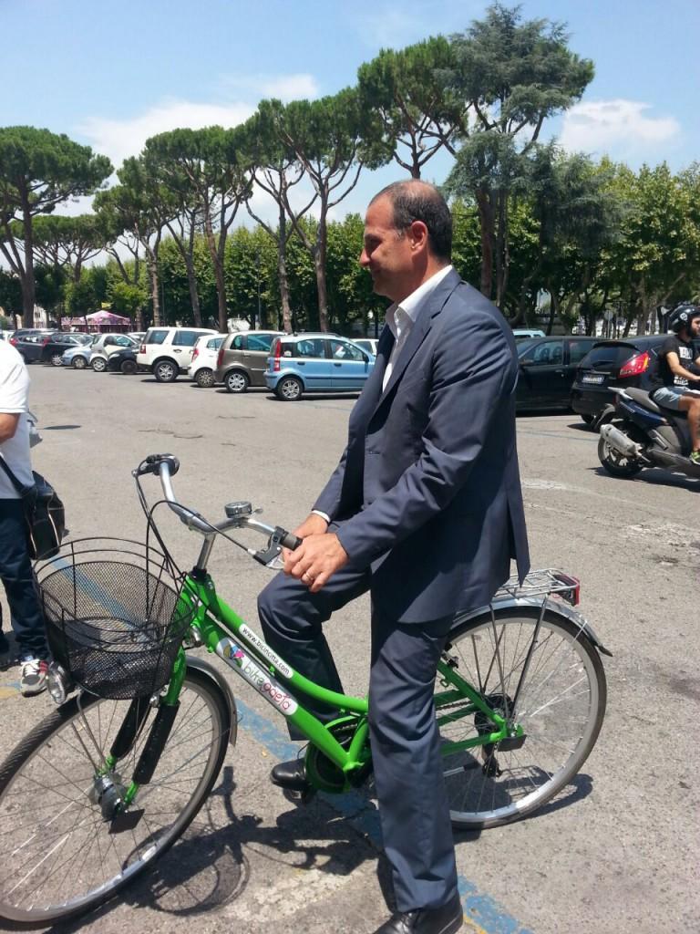Foto Sindaco Mitrano in Bike Sharing