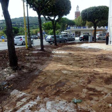 *FOTO* Gaeta: La protezione civile al lavoro per il ripristino delle aree allagate in via Buonomo