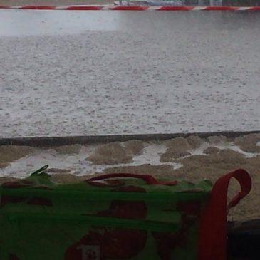 Gaeta: Violento temporale sulla spiaggia di Serapo