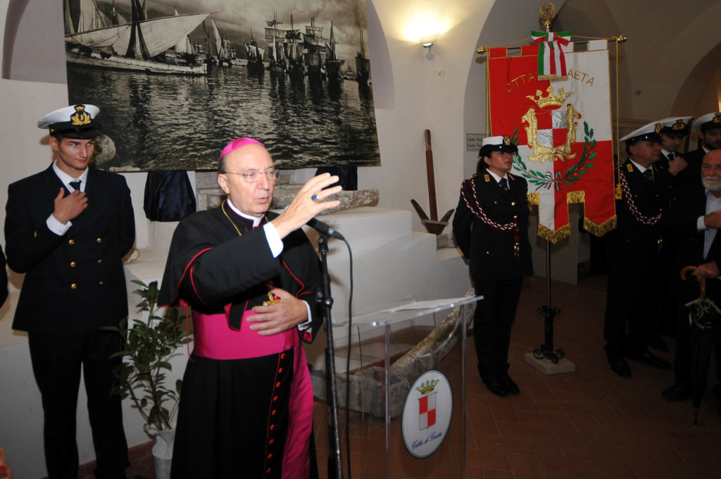 005-arcivescovo-d-onorio