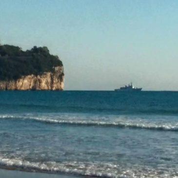 *FOTO* E' Partita da Gaeta la Nave Maestrale per il suo ultimo Viaggio…ADDIO