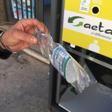 Gaeta: le macchinette mangia bottiglie / come funzionano e dove sono