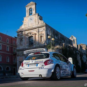 *FOTO* Rally: riordino delle auto nel suggestivo sfondo di Gaeta Medievale