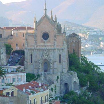 Le Sante messe: Annunziata, Cattedrale e San Francesco