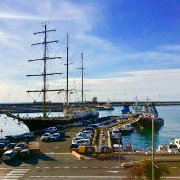 *FOTO* La Signora del Vento arriva in porto a Civitavecchia
