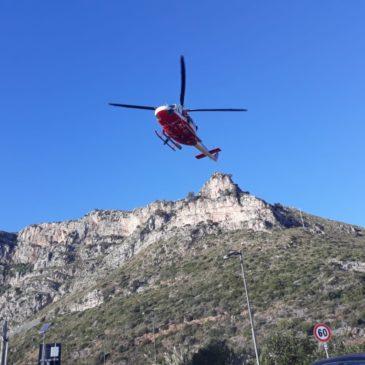 Sant'Agostino: Scalatore cade dalle Falesie, salvato in elicottero